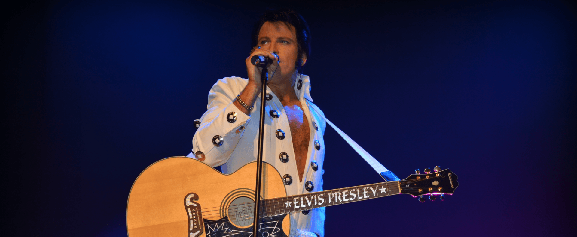 Elvis Forever – Damian Mullin Up Close & Personal